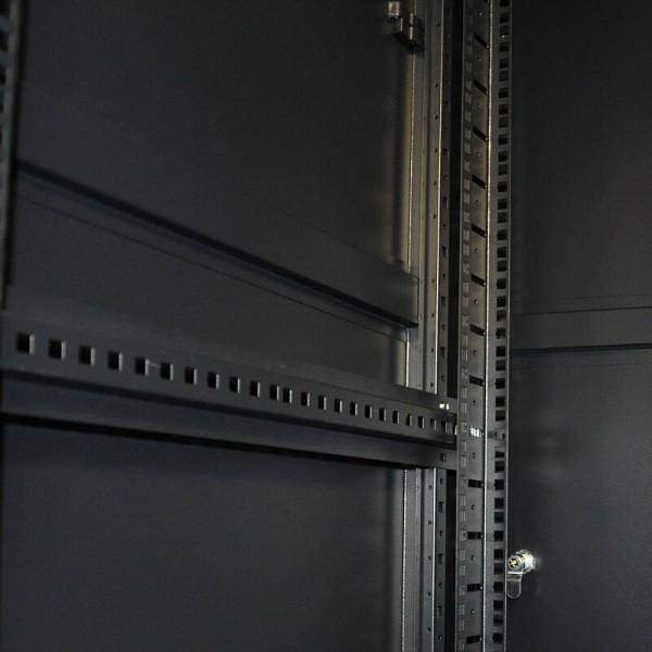 25U - 600x1000 | Напольный серверный шкаф